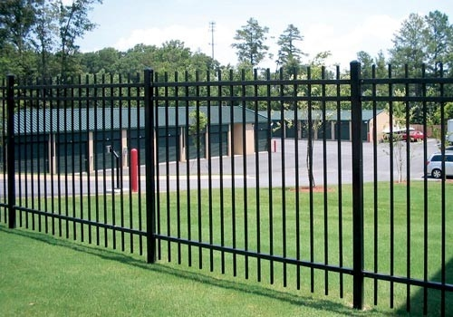 Garden using Spear top 1.8m(H)x2.4m(W) Hercules Security Fencing Stain any INTERPON colour Powder supplier