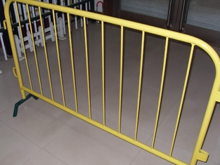 China hot dip galvanized bicycle removable Crowd Control steel Barrier manufacture 1100mm*2000mm 38mm round tube supplier