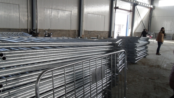 Hot Dipped Galvanized Metal Steel Crowd Control Barrier supplier