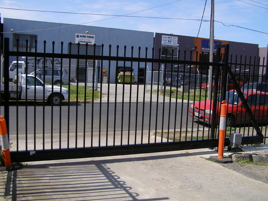 China Hercules Fence ,Steel Tubular Fence ,Garrison Fence Supplier supplier