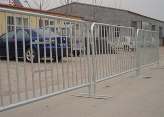 China Hot Dipped Glavanized Steel Crowd Control Fence Size 1100mm x 2200mm Available Customized For You supplier