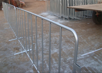 ISO 9001 Crowd Control Barrier Hot Dipped Galvanized 35mm tube wall thick 1.1mm Pedestrian Barriers
