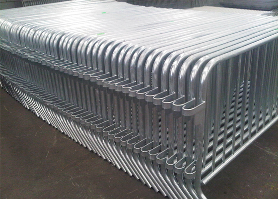 Hot Dipped Galvanized /pre-galvanized Interpon Powder Coated Crowd Control Barriers ASTM AND AS/NZS 1.1m x 2.5m supplier