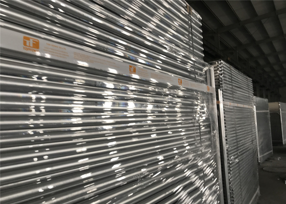 Free Standing Temporary Fencing Panels 2.1mx2.4m OD32mm wall thick 1.80mm Mesh 60mm x 150mm Dia:4.00mm