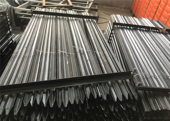 1.8m black bitumen coated heavy duty Y post star pickets supplier