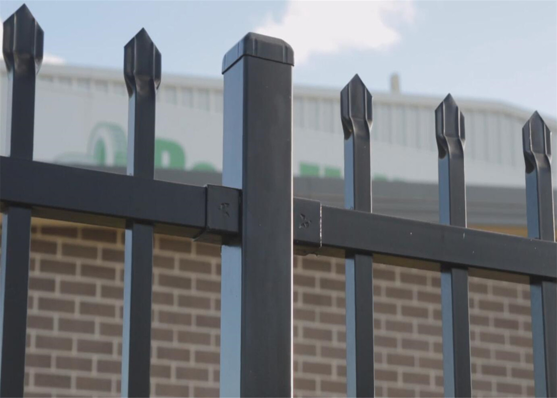 1800X2400mm Garrison Metal Tubular Fence for sale | China Steel Picket Fence