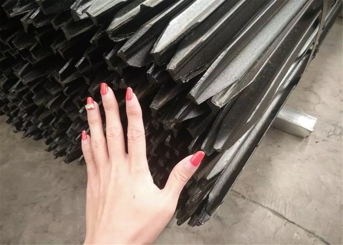 1350MM STAR picket for farm and construction fencing panels 1.58kg per meter