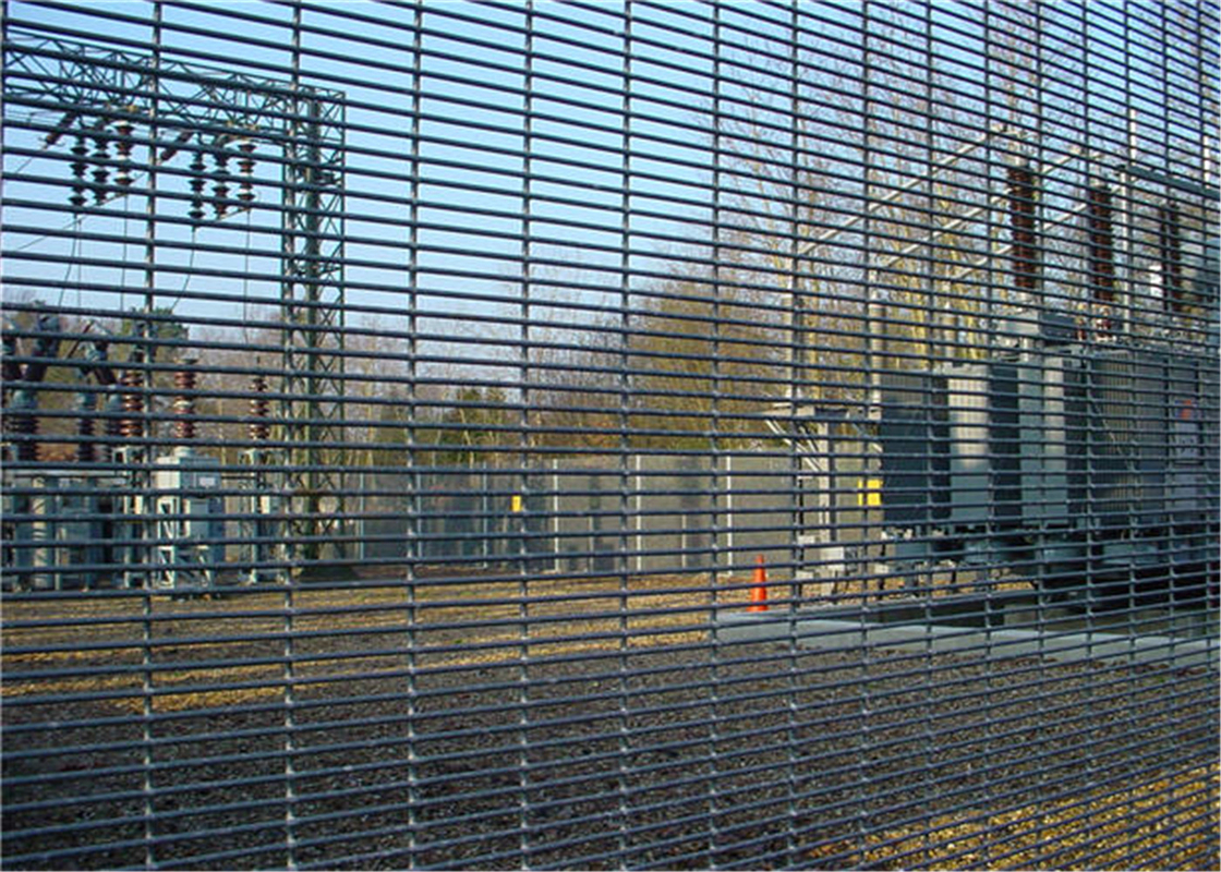 anti climb perimeter fence high security mesh
