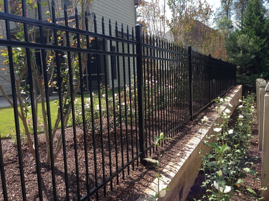 China Steel Fence Gates - Block Intruders' Access to Your Premises distributor