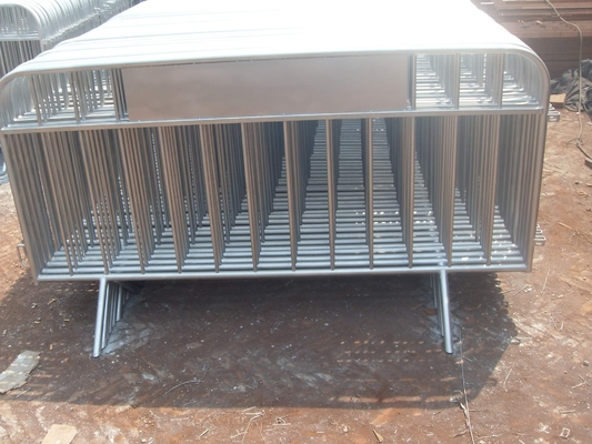 China Aluminium Alloy Crowd Control Barriers For Pedestrian Control distributor