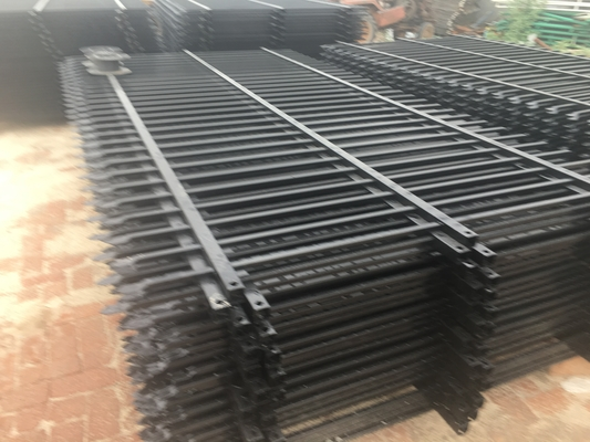 China China supplier - hot sale Diplomat steel 2100high road steel garrison fence distributor