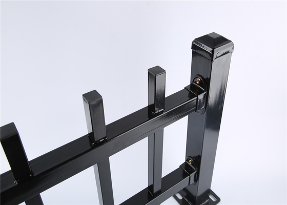 China Diplomat Fencing Panels 45mm rail thickness 1.60mm powder coated black distributor