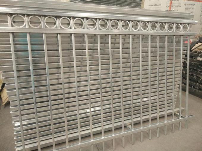 3-rails flat top tubular steel fence