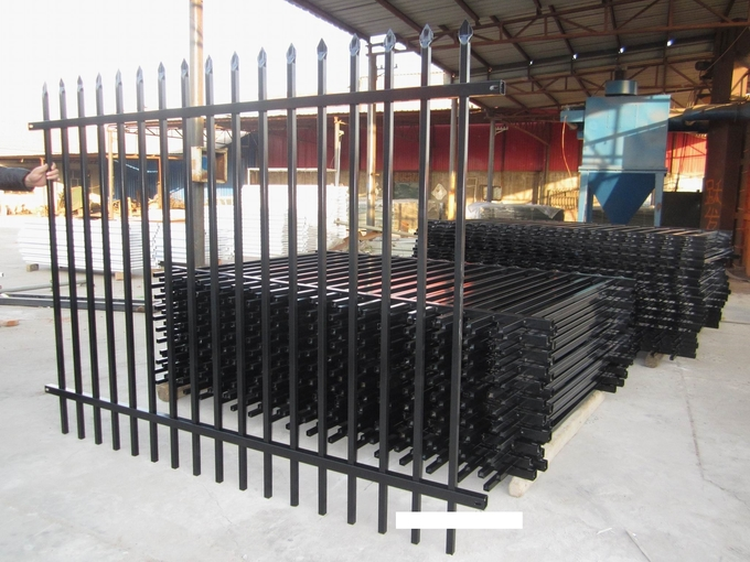 Pressed Spear Top 2100mm*2450mm Hercules Steel Fence Panels 2 xrail 40mm RHS x 1.6mm spacing 125mm upright 25mm x 1.2mm