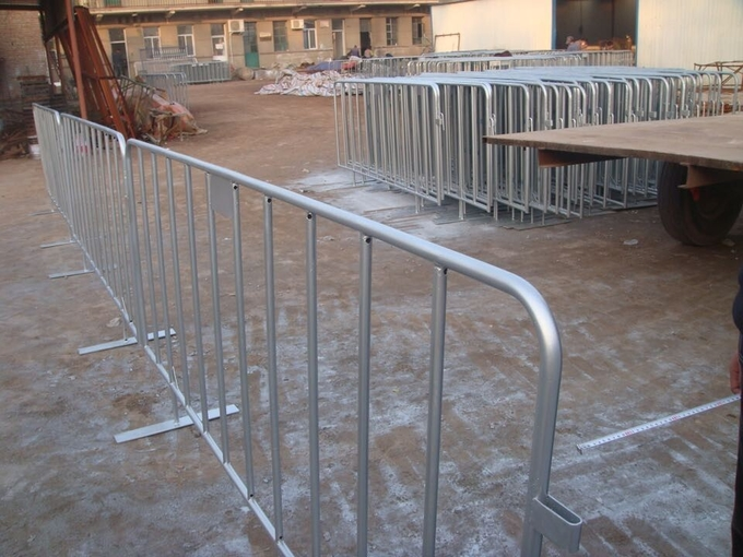 hot dip galvanized bicycle removable Crowd Control steel Barrier manufacture 1100mm*2000mm 38mm round tube
