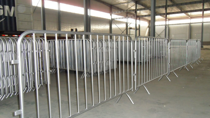 y crowd control barrier fence with removable feet, portable fence for construction and crowd control solutions